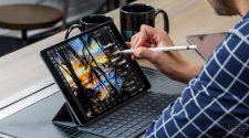 Apple's older iPad Pro is as cheap as the new iPad Air, and better in a few ways