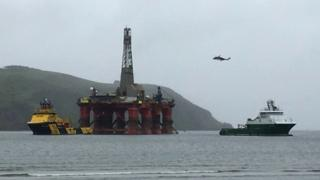 Helicopter at rig
