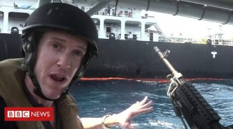 Gulf crisis: Close up to stricken oil tanker with the US Navy