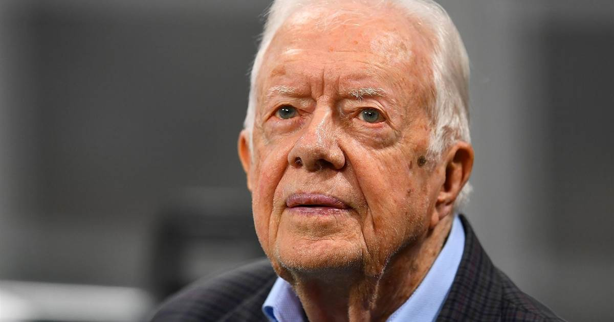 Jimmy Carter returns to teach Sunday school for first time since breaking hip