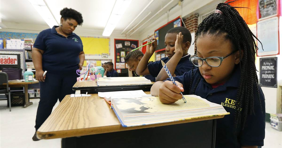 Mississippi loses hundreds of teachers due to licensing issue, underscoring national problem