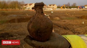 'Important' Iron Age settlement found at Warboys dig