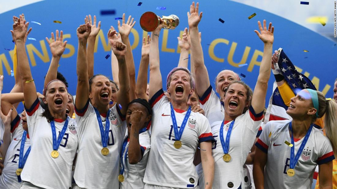 Women's World Cup winners paint Donald Trump into corner
