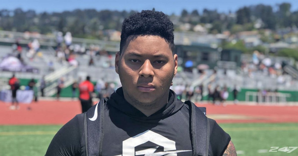 Four-star Offensive Lineman Verbally Commits to UW
