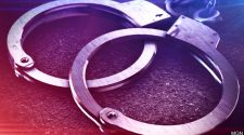 Jackson man arrested while breaking up fight