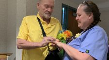 Couple gets married at Paducah hospital as groom's health declines