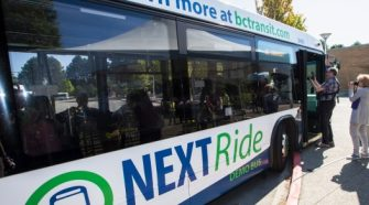 Technology allows transit riders to check bus arrival times in Victoria