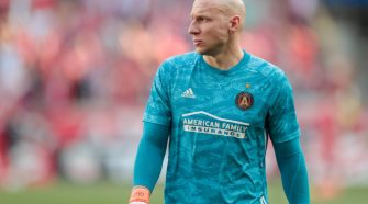 May 19, 2019; Harrison, NJ, USA; Atlanta United goalkeeper Brad Guzan (1) looks up during the first half against the New York Red Bulls at Red Bull Arena. (Vincent Carchietta-USA TODAY Sports)