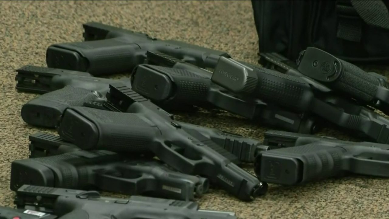 Taylor gun store thieves foiled with bags of firearms