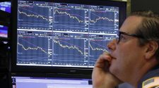 European markets trade lower, US stocks point to rebound