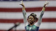 Simone Biles wins sixth U.S. all-around title, ties record – OlympicTalk