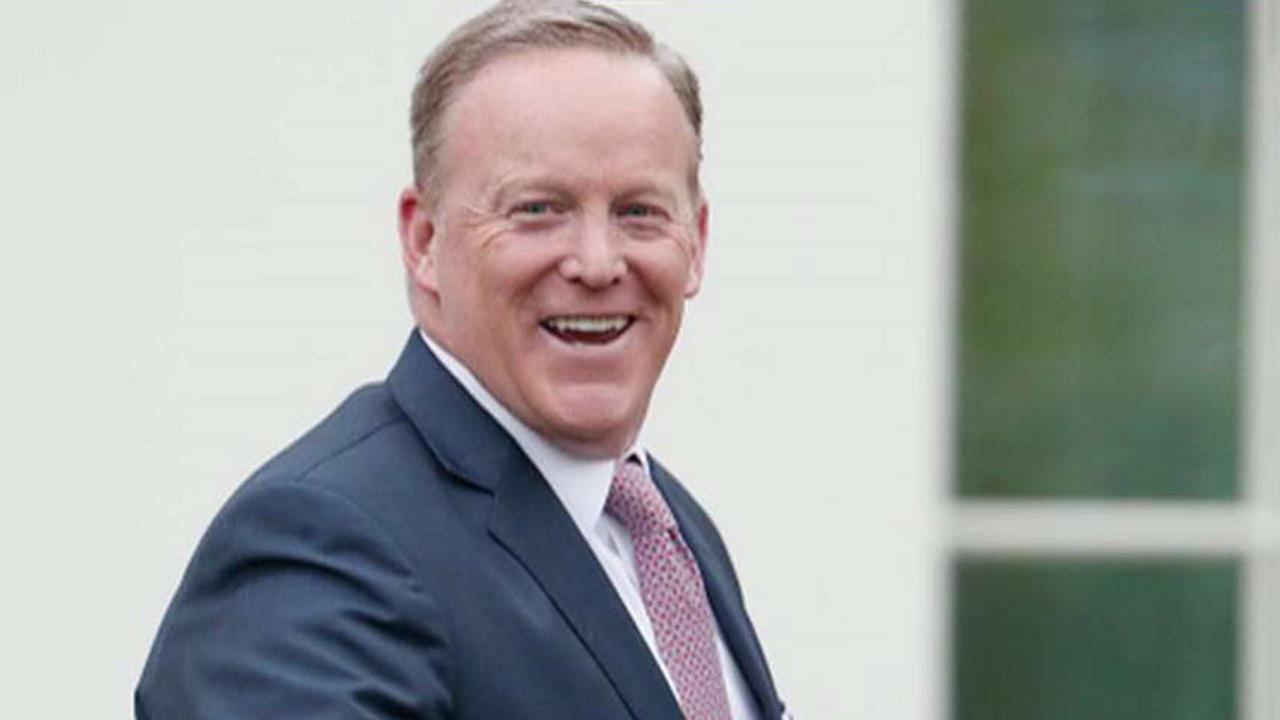 Spicer hits back at critics protesting his casting on 'Dancing With the Stars'