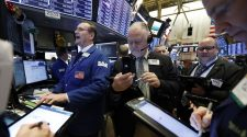 US stocks climbing as Wall Street risk appetite returns