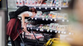 The World Wastes Tons of Food. A Grocery 'Happy Hour' Is One Answer.