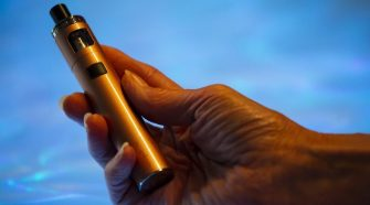 Washington lawmakers, health officials weigh responses to mysterious lung illnesses linked to e-cigarettes