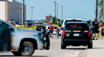 Texas shootings that left 5 dead and 21 injured started with a traffic stop