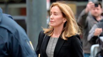 Live updates: Felicity Huffman to be sentenced in college admissions scandal