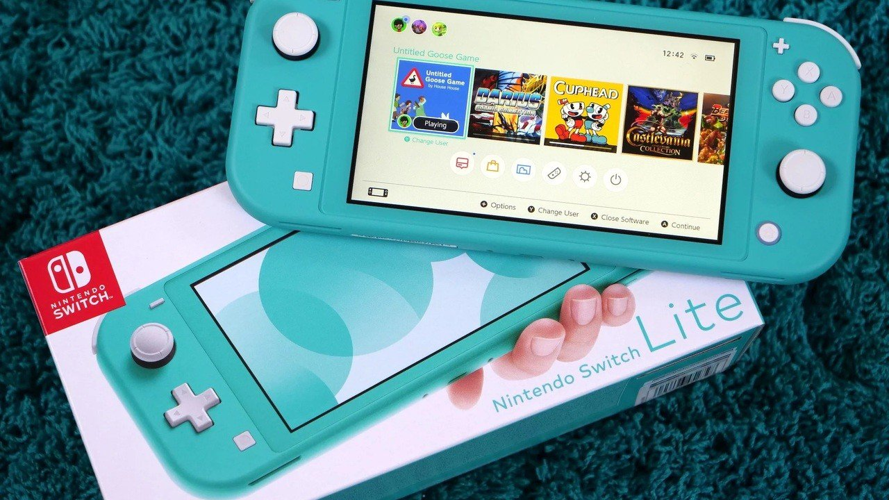 """Wall Street Journal Report Says Nintendo Tried To """"Aggressively"""" Cut Costs Of The Switch Lite"""