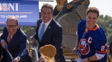 Andrew Cuomo breaks ground for Islanders arena at Belmont Park