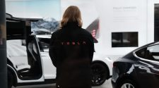 9 ex-Tesla employees reveal the worst parts of working there