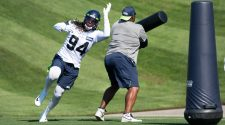 "Ziggy Ansah ""Ready To Go"" & Other Seahawks Injury Updates From Pete Carroll"