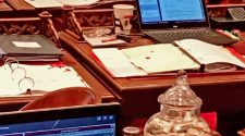 East Bay Senator Recalls Health Scare After Getting Hit With Red Liquid At State Capitol – CBS San Francisco