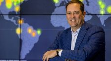 Cisco boss rejects fears of 'technology cold war'