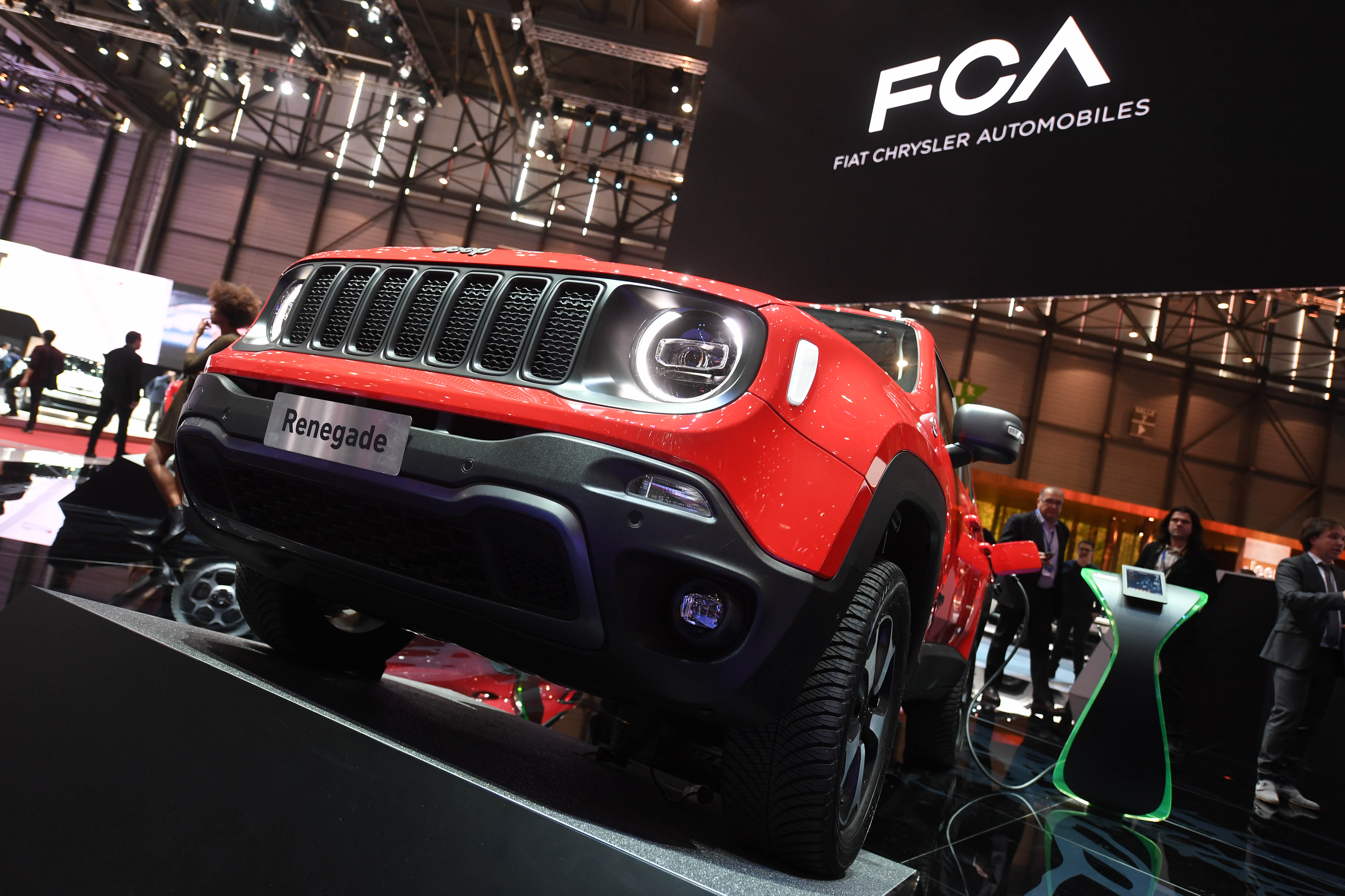 Fiat Chrysler and Peugeot confirm deal to merge