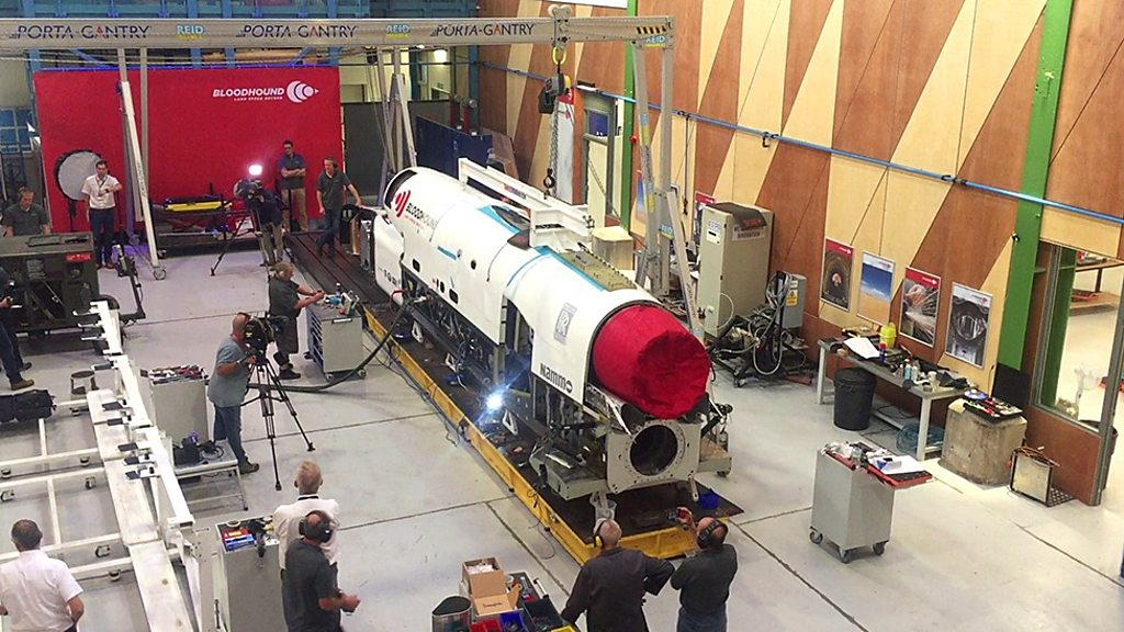 Bloodhound supersonic car set for high-speed trials