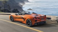2020 Chevy Corvette Stingray Convertible gets hardtop looks