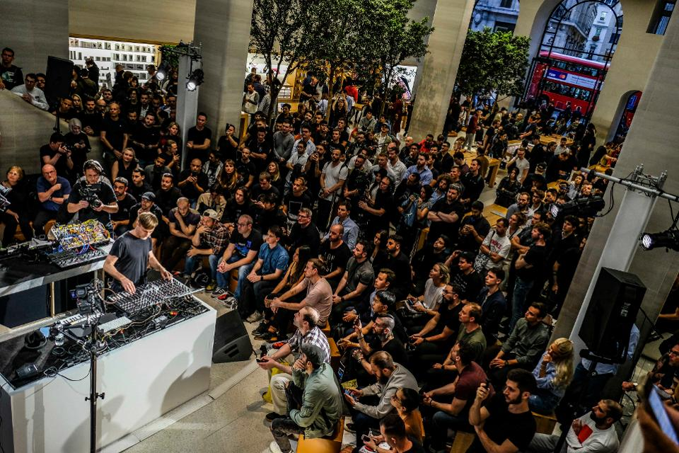 Richie Hawtin giving a ″Today at Apple″ Masterclass in London
