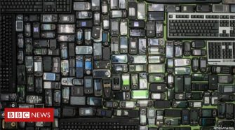 Electronic devices 'need to use recycled plastic'