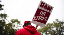 UAW Ends Strike Against GM, Ratifies New Contract : NPR