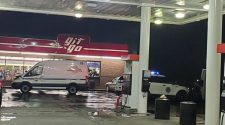 BREAKING: Active police scene at Des Moines gas station | Local 5