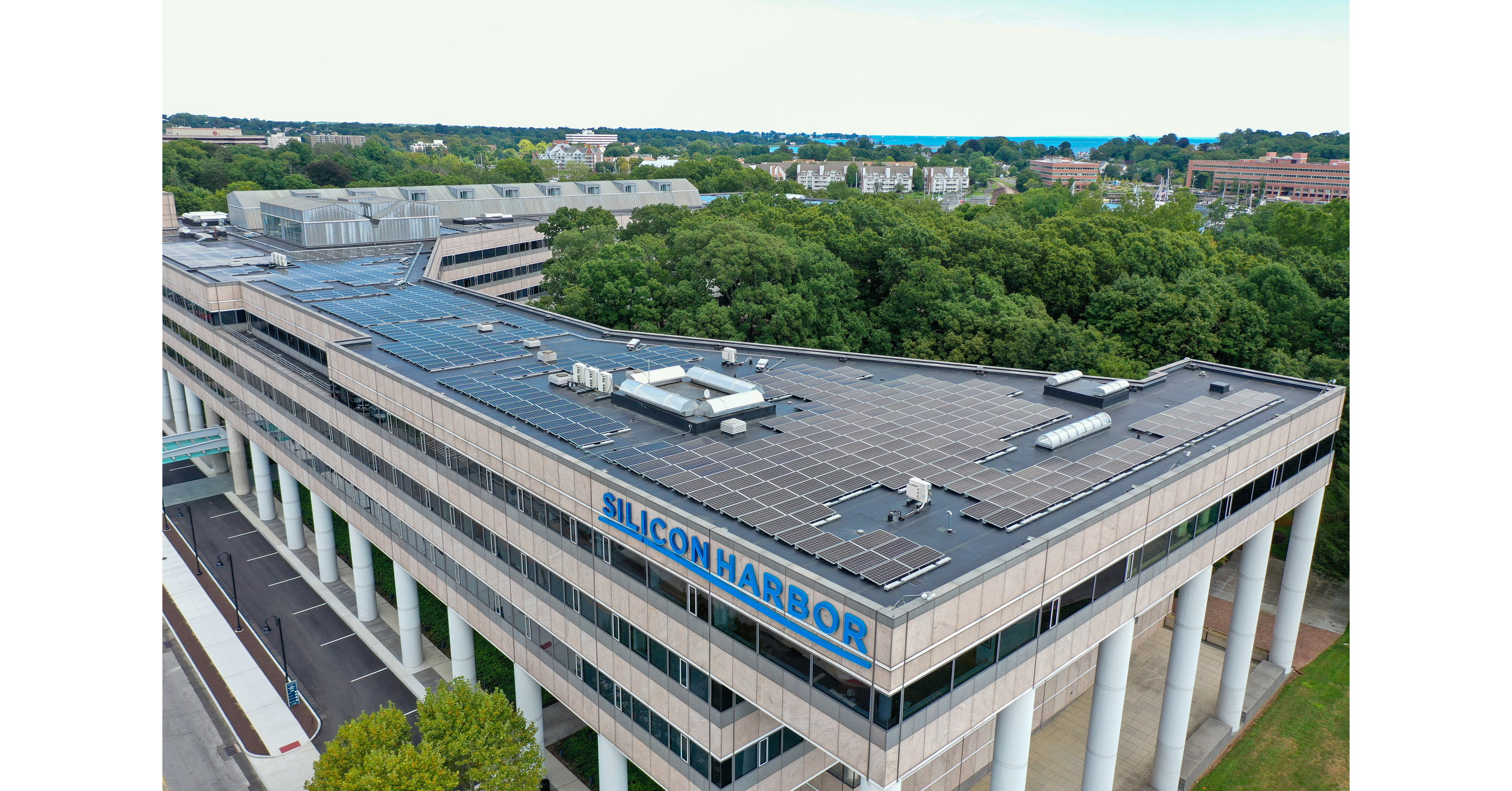"Building and Land Technology ""Flips the Switch"" on Solar at Silicon Harbor on Stamford Waterfront"