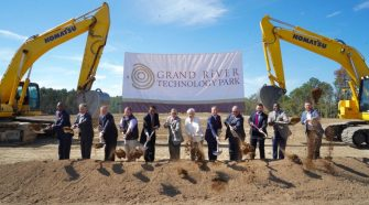 Ivey attends grand opening of Grand River Technology Park — Alabama Political Reporter