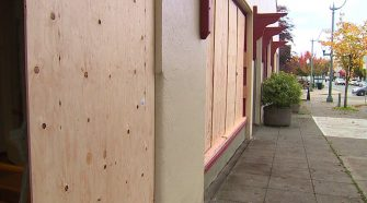 Man accused of breaking 13 windows at 7 downtown Olympia businesses