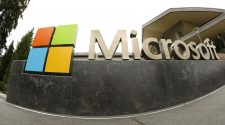 Pentagon awards Microsoft $10B 'war cloud' contract, snubbing Amazon