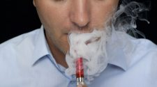 Is E-Cig Health Crisis Causing Users to Start Smoking Again?