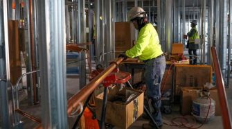 How Blue Collar Female Workers Benefit From New Technology