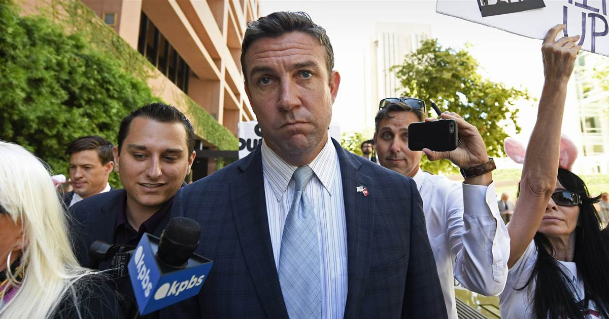 GOP Rep. Duncan Hunter, after claiming 'witch hunt,' to plead guilty to misusing campaign funds