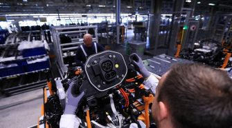 New car technology threatens autoworkers' jobs