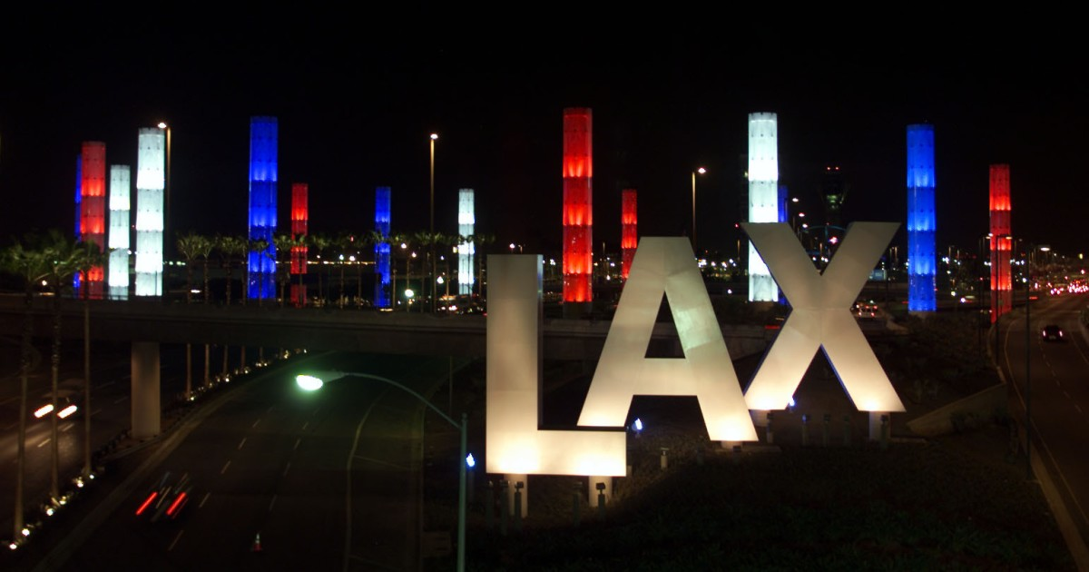 Fire is quickly extinguished in two empty passenger buses at LAX, no injuries reported
