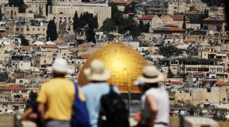 Israel welcomes record-breaking 4.55 million tourists in 2019
