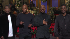 SNL brings out everyone to welcome back long-lost legend Eddie Murphy