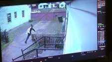 Surveillance video captures clumsy crook trying to break into home | News Headlines