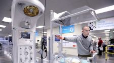 GE Pitches Investors on Its Health-Care Unit, a Steady Source of Cash