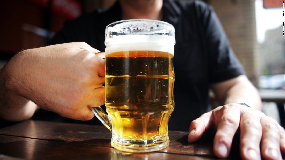 Binge drinking: US adults are drinking even more, study says