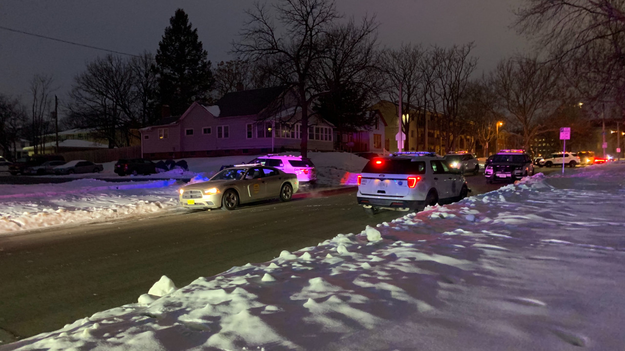 Police: Suspect attacks officer, leading to officer-involved shooting in Des Moines | Local 5