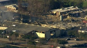 2 people killed in explosion that rocked northwest Houston